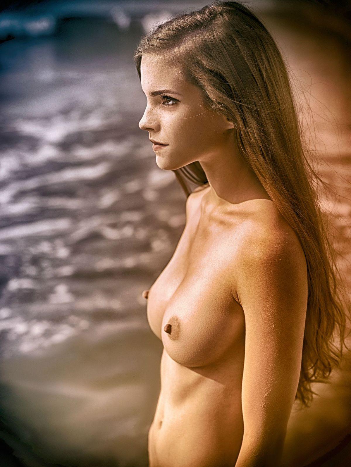 Emma Watson Nude Tits