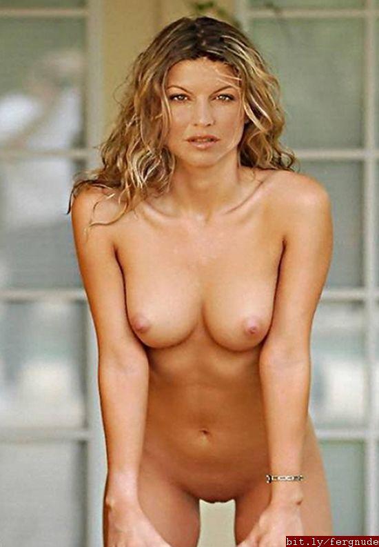 Fergie sexy nude pics