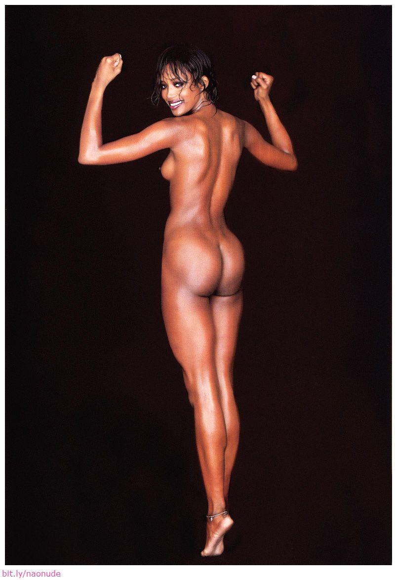naomi-campbell-nude-sexy-photos_26.jpg