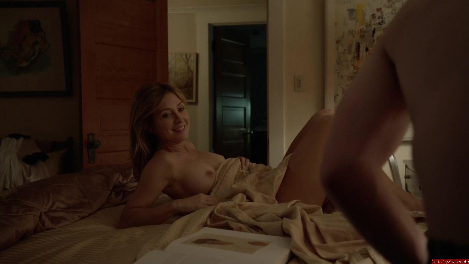 Sarah alexander boobs